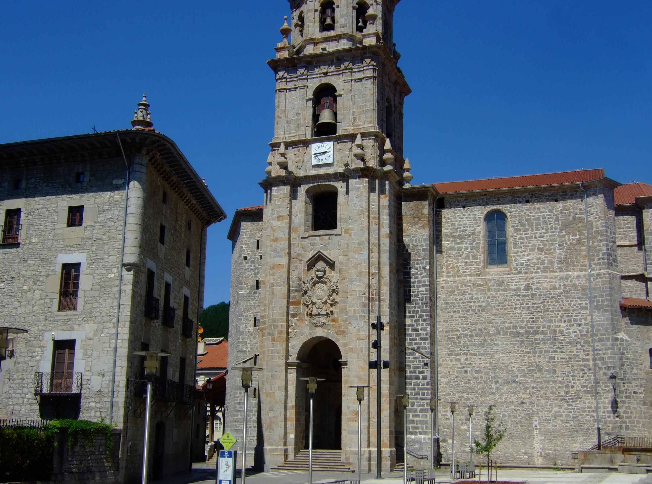 Parroquia de San Pedro de Ariznoa, embrión de Vergara.