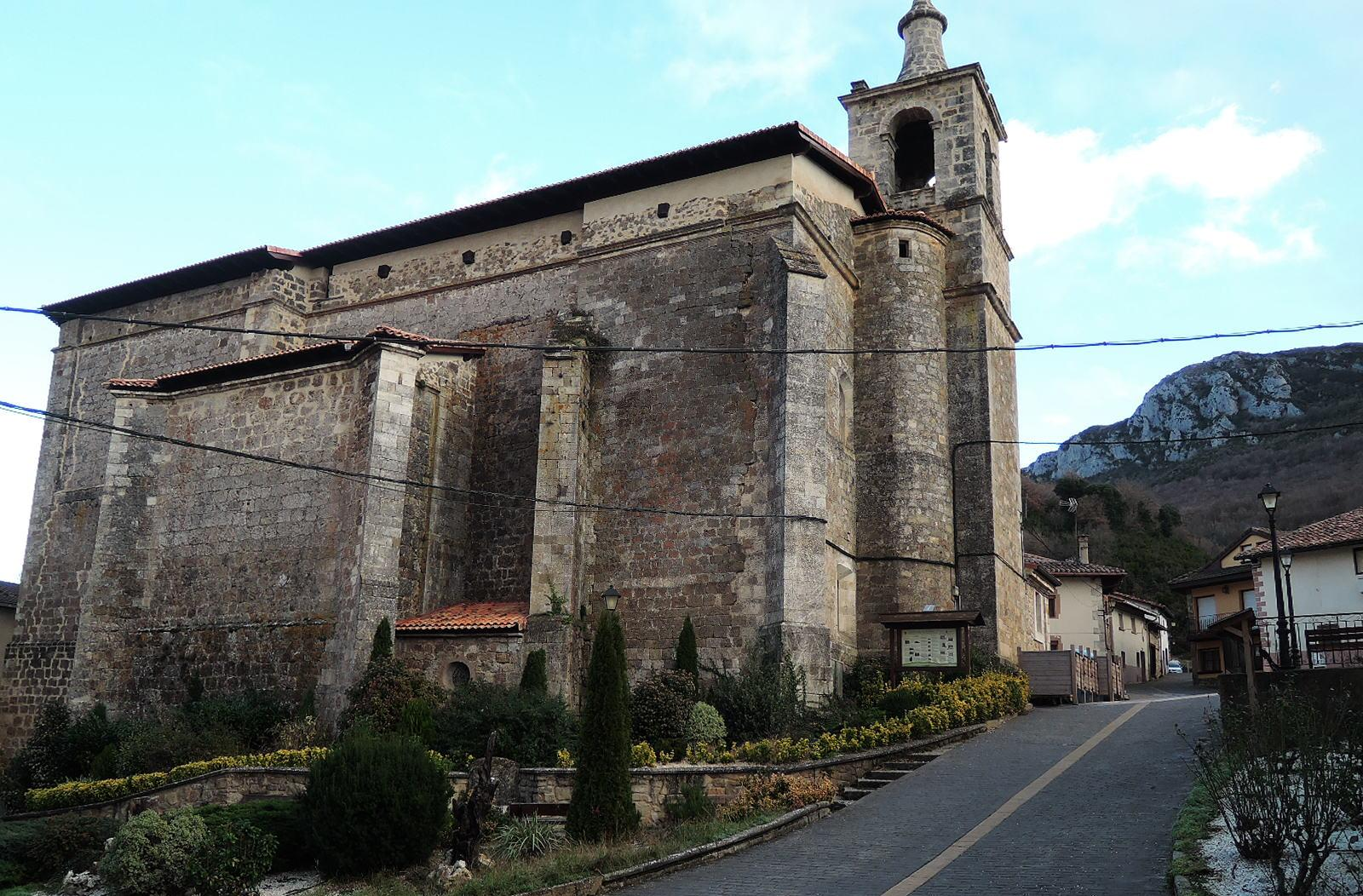 Iglesia dedicada a la Natividad de Nª Señora.