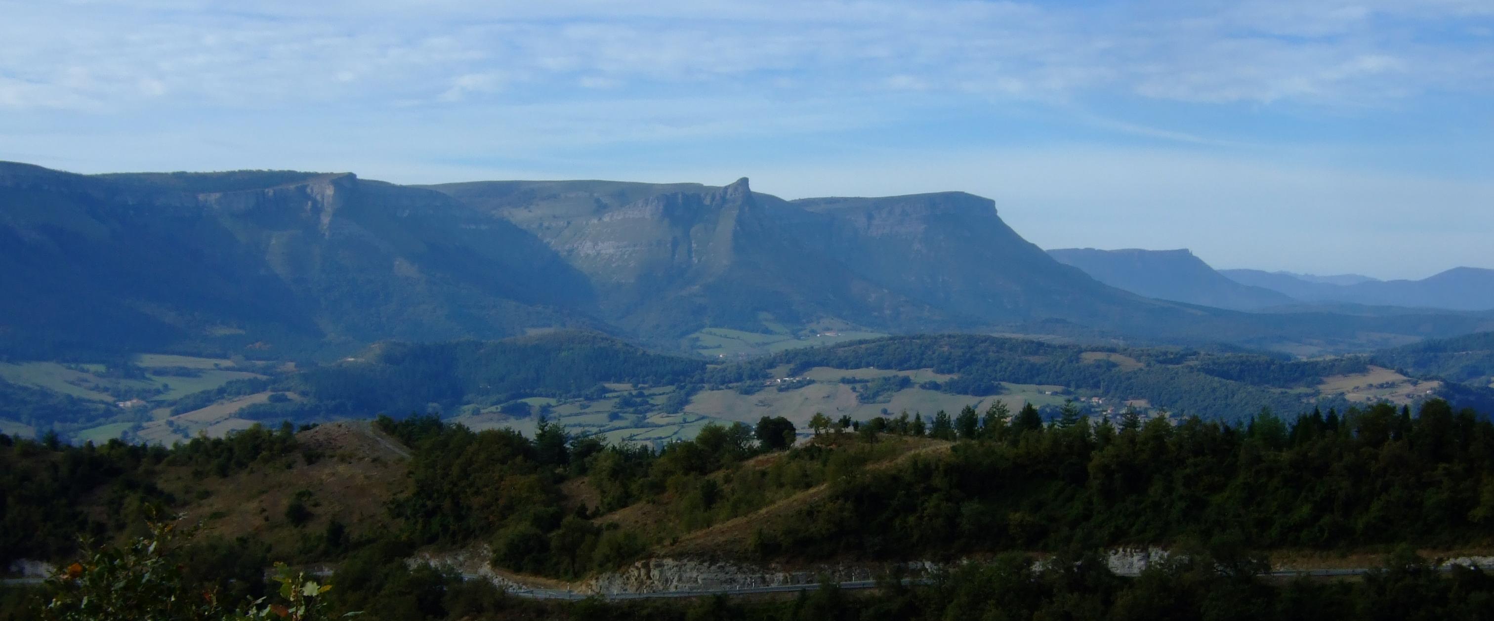 Valle glaciar del Nervión.