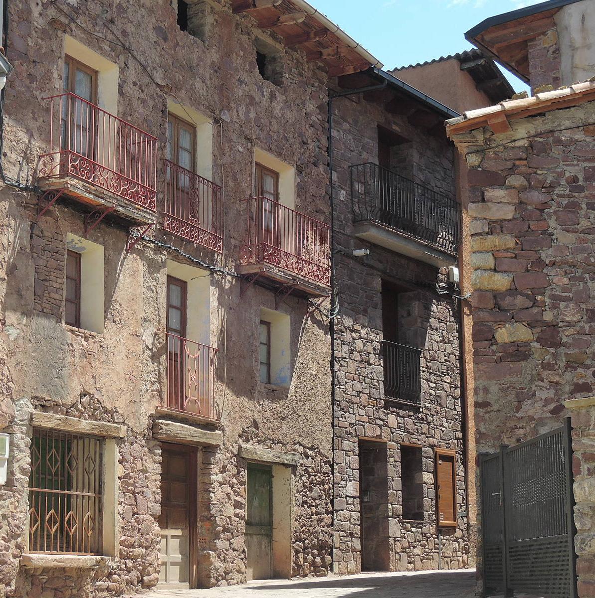 Casas en Noales (Huesca).