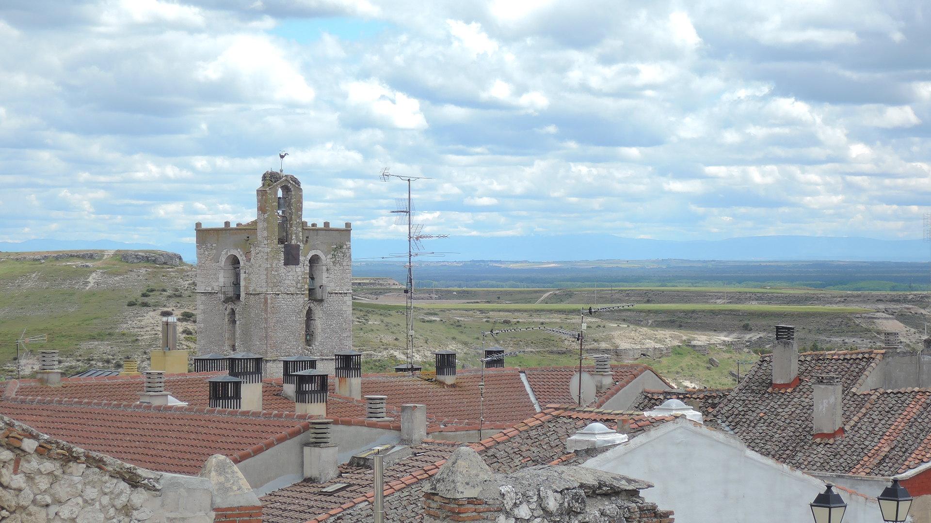 Vista de la villa baja desde la mesetilla donde se ubica el castillo.
