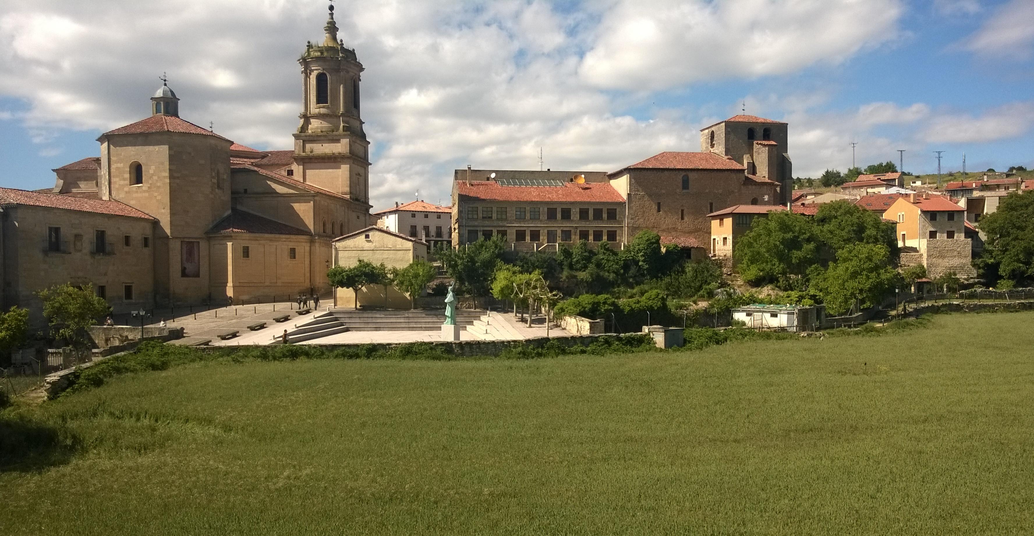 Iglesia del monasterio de Santo Domingo, desde la ventana de mi hotel.