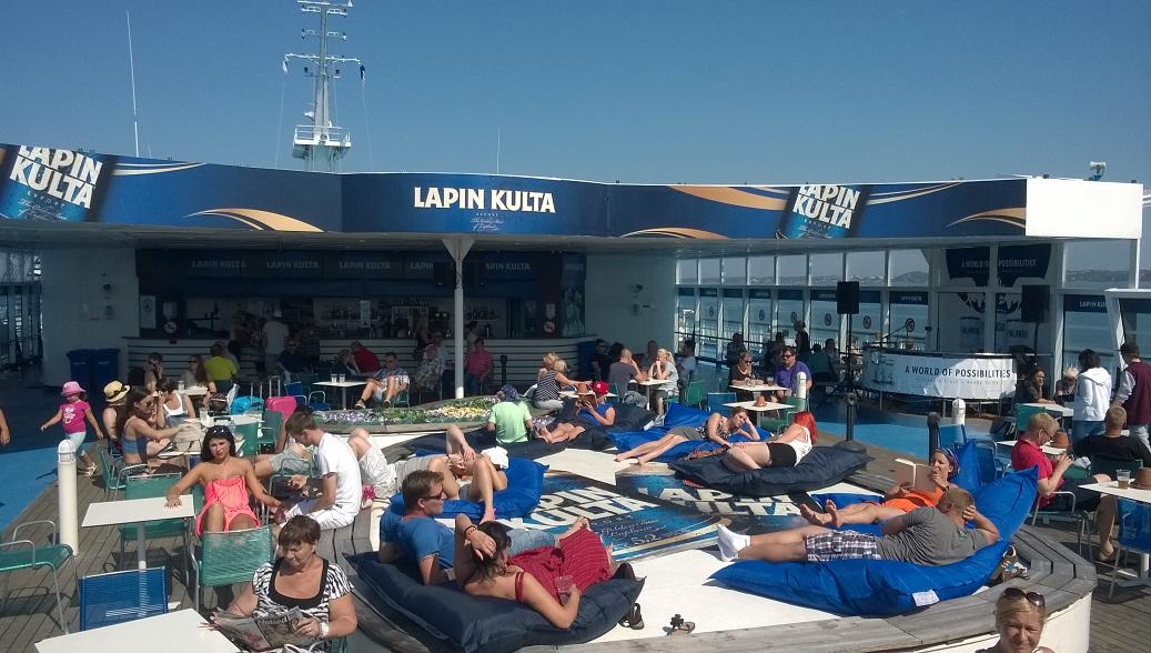Ambiente sobre cubierta, patrocinio de Lapin Kulta.