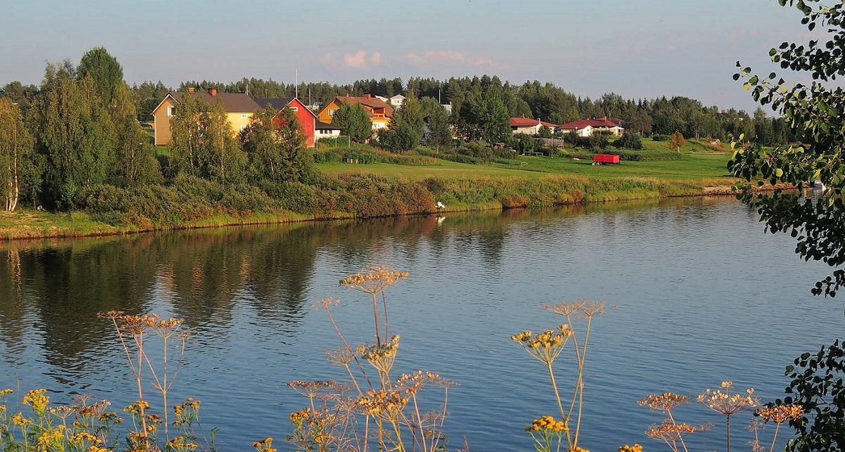 El río Kitinen a su paso por Sodankylä