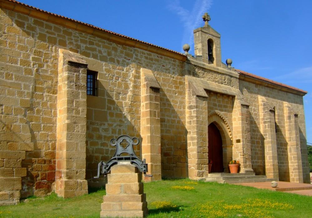 Ermita a las afueras de Villabuena