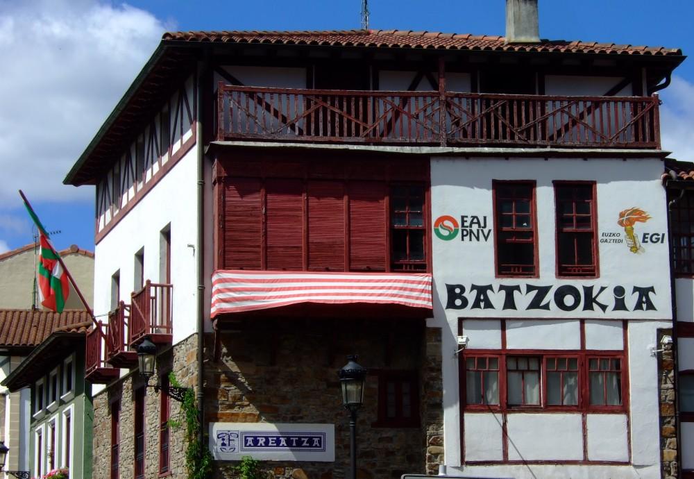 Fuerte sentimiento nacionalista en Villaro-Arenaza
