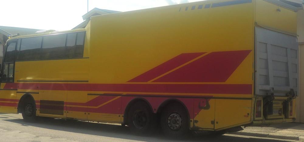 Híbrido autobús y camión, bueno  para regiones despobladas