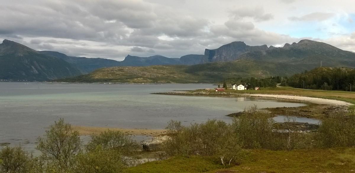 Pequeño golfo junto a Lavollksjosen