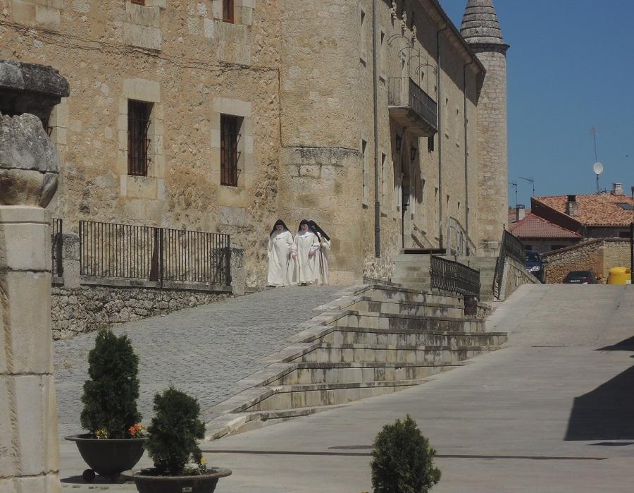 Monjas dominicanas del Real Monasterio de Caleruega